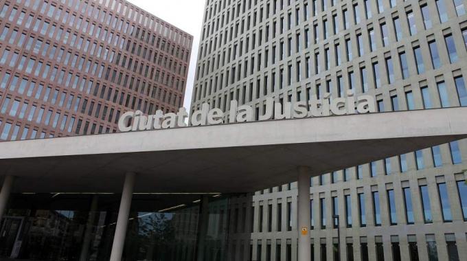 Sentencia favorable a la anulacion de una clausula collar en Barcelona